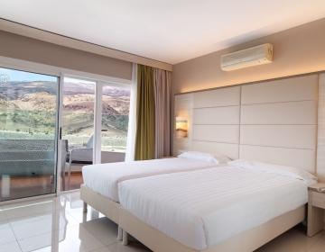 Bull Escorial & Spa 3*